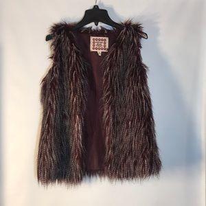 Women's Chelsea & Violet Qual Feather Fur Vest